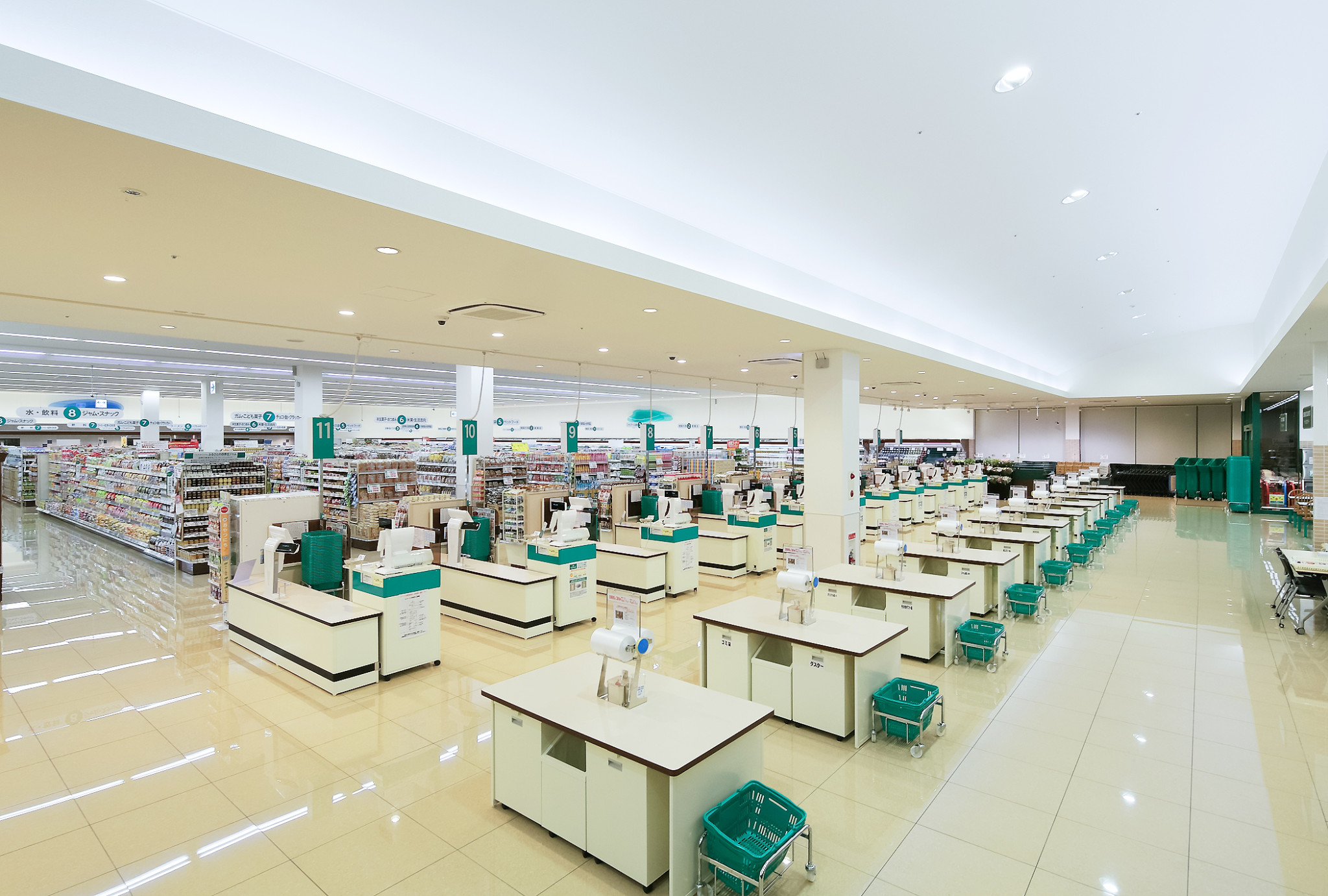 ツルヤ山形店(アイシティ21)